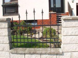 kovýroba na klíč ozdobný plot